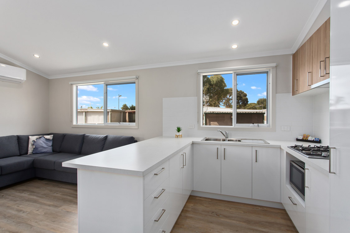 015_Open2view_ID560998-19_Bay_Rd__Victor_Harbor