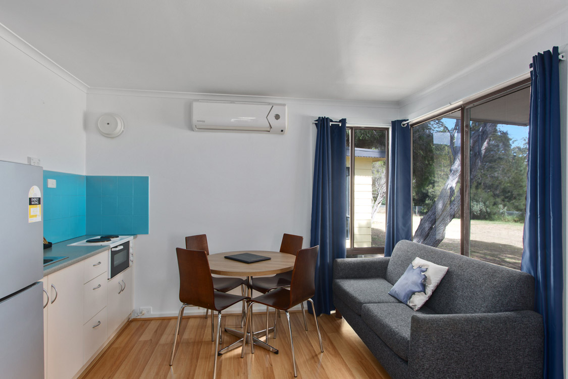 017_Open2view_ID560998-19_Bay_Rd__Victor_Harbor