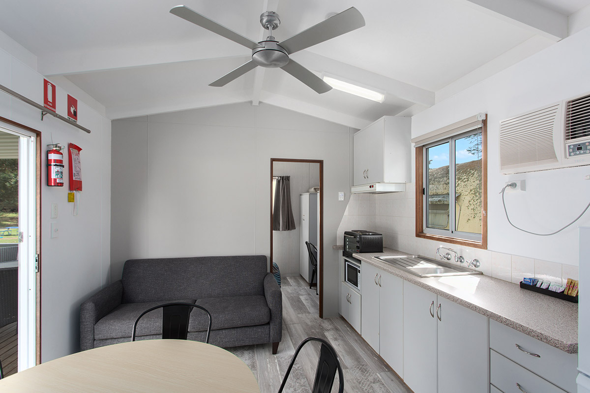 023_Open2view_ID560998-19_Bay_Rd__Victor_Harbor