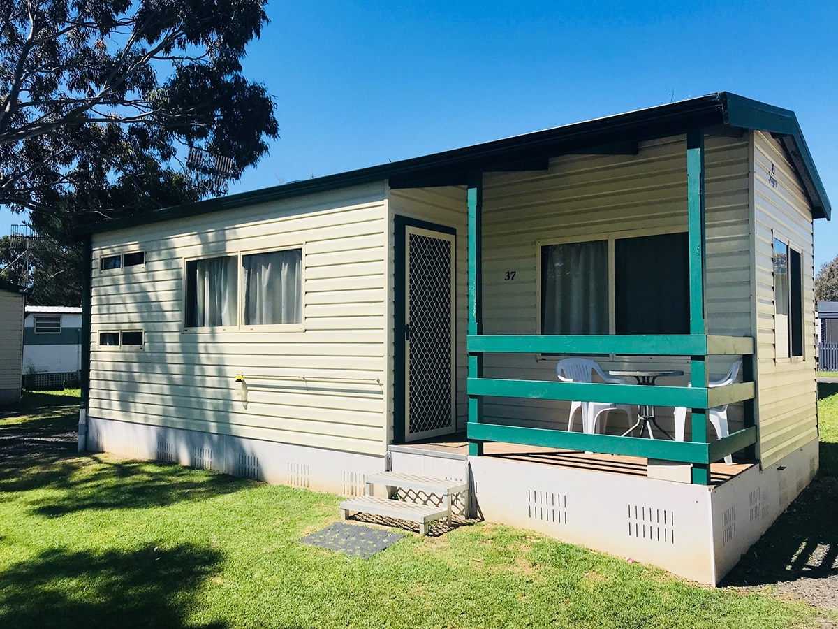 Coorong cabin 4