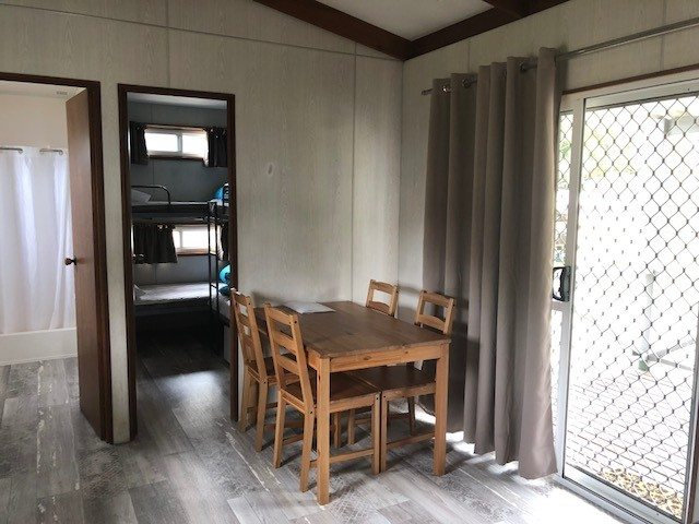 Victor Harbor Encounter Cabin (6)